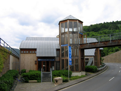 Vous visionnez les images de l'article : Villa d'Ahrweiler
