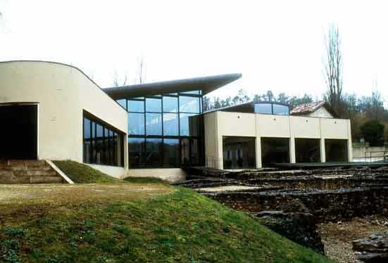 Vous visionnez les images de l'article : Villa de Montcaret